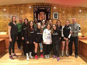 Las Junior de Baloncesto Torrelodones celebran su séptima plaza en el campeonato de España