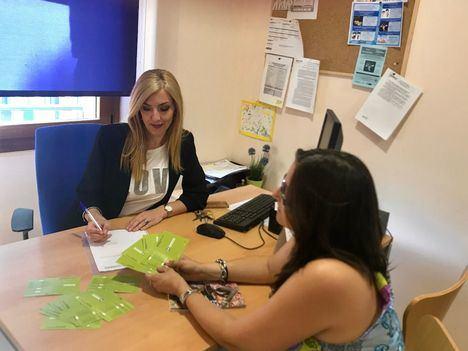 Humana entrega 15 bonos de ayuda a Hoyo de Manzanares