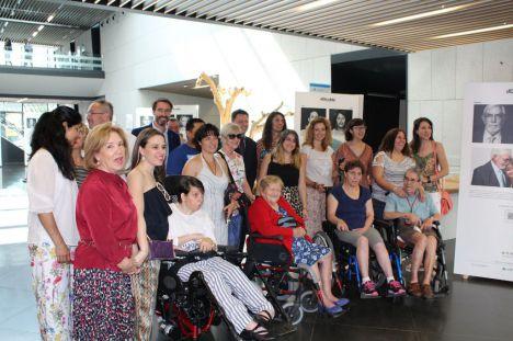 El Hospital de Villalba acoge una exposición fotográfica sobre el daño cerebral adquirido