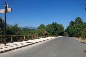 Guadarrama mejora el itinerario peatonal que da acceso al Embalse de La Jarosa.