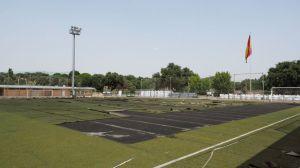 Obras de renovación del césped artificial del campo de fútbol 2