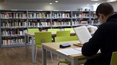 Horario de exámenes en la Biblioteca Municipal de Galapagar