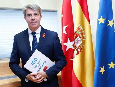 Garrido anuncia un plan de aparcamientos disuasorios para reducir los vehículos privados en Madrid