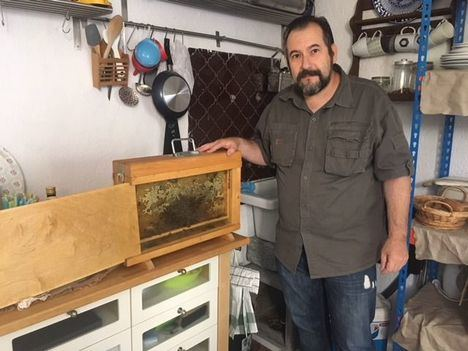 Algo dulce hay en Torrelodones: la familia Sánchez Galletero, apicultores