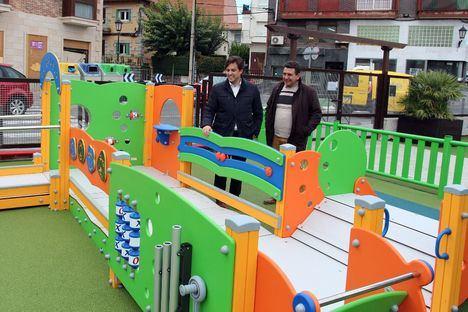 Juegos infantiles y adaptados para la plaza del Caño