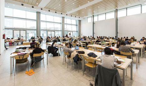 Las bibliotecas amplían su horario para los exámenes