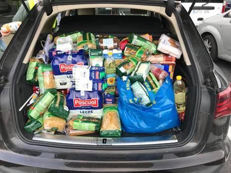 Asociaciones, comercios y voluntarios emprenden en San Lorenzo una recogida de alimentos para Cáritas