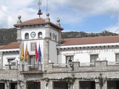 Unidos por Hoyo publica un video con fragmentos del Pleno de Abril