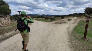 La Comunidad incrementa las rutas accesibles para las personas con discapacidad visual en la Sierra de Guadarrama
