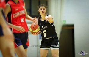 Claudia Gómez regresa al Baloncesto Torrelodones tras su paso por Estados Unidos y la Liga Femenina 2 española