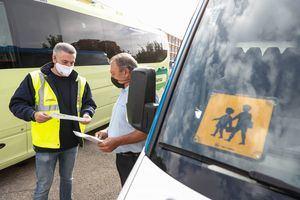 La Comunidad de Madrid inspeccionará este curso académico más de 1.000 autobuses de transporte escolar