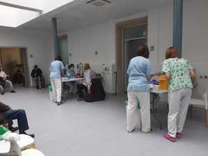 Comienza la vacunación en el Hospital El Escorial a personas entre 70 y 74 años